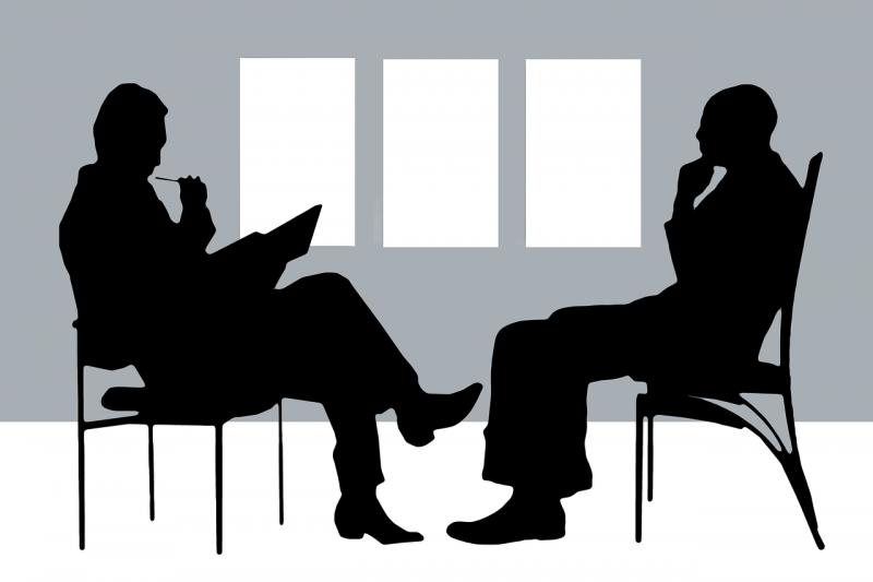 psicoterapeuta psicodinamico con paziente